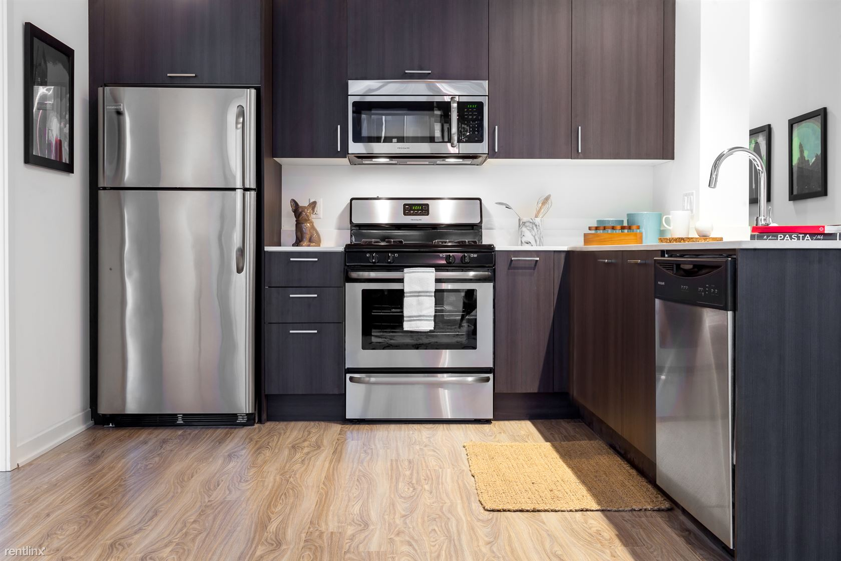 Near South Side 1 Bedroom Rental At 1333 S Wabash Chicago Il 60605 1 Bed 1 Bath 1855