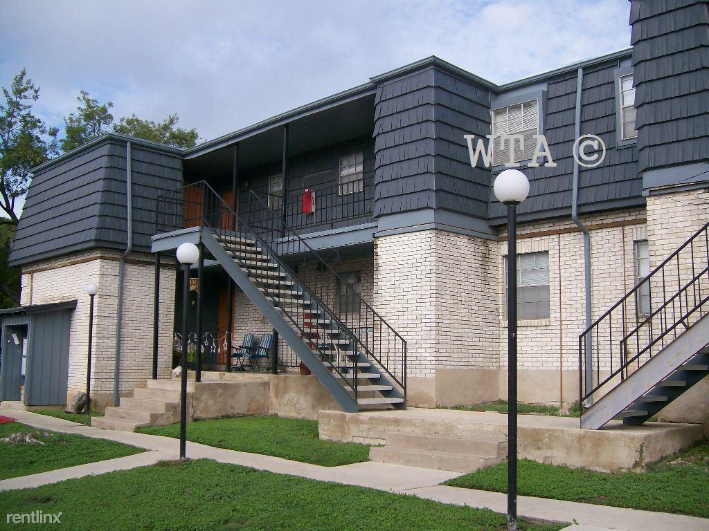 San Marcos 2 Bedroom Rental At 1000 N Lbj Dr San Marcos Tx 78666 Shared Two Bedroom 469