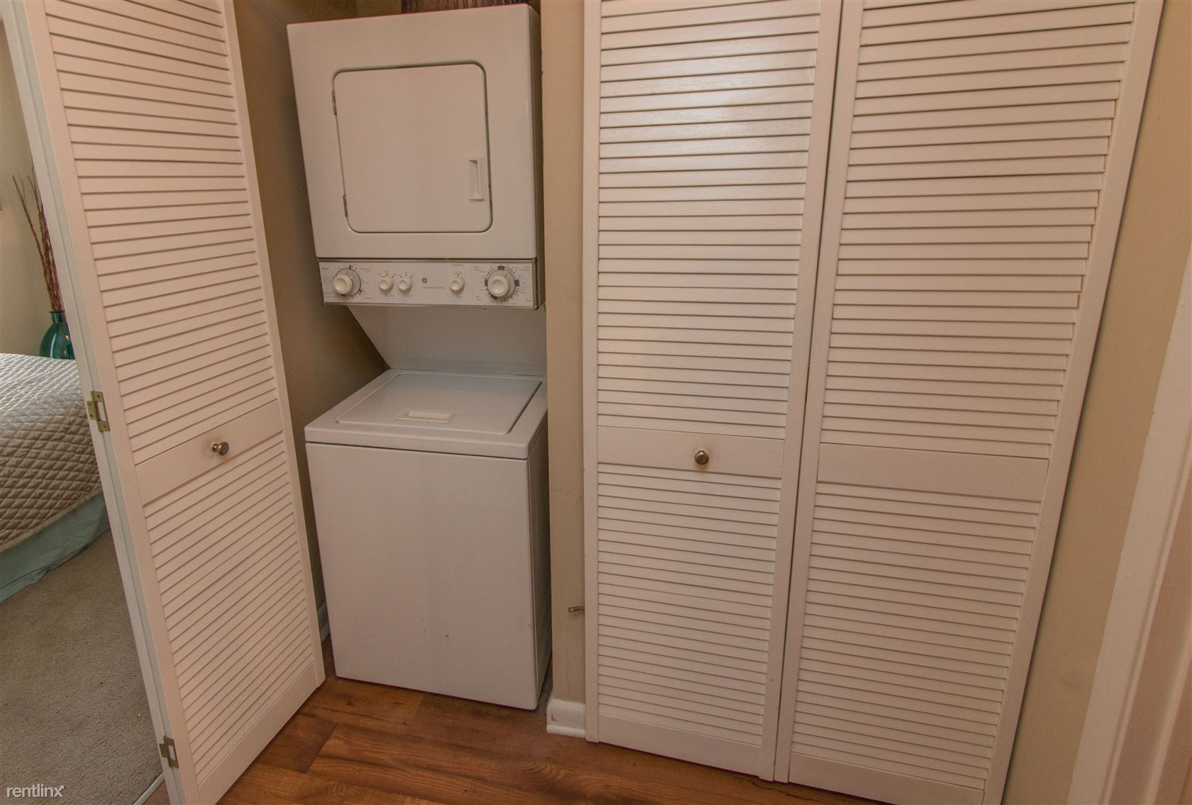 Viera at Whitemarsh Included Washer and Dryer