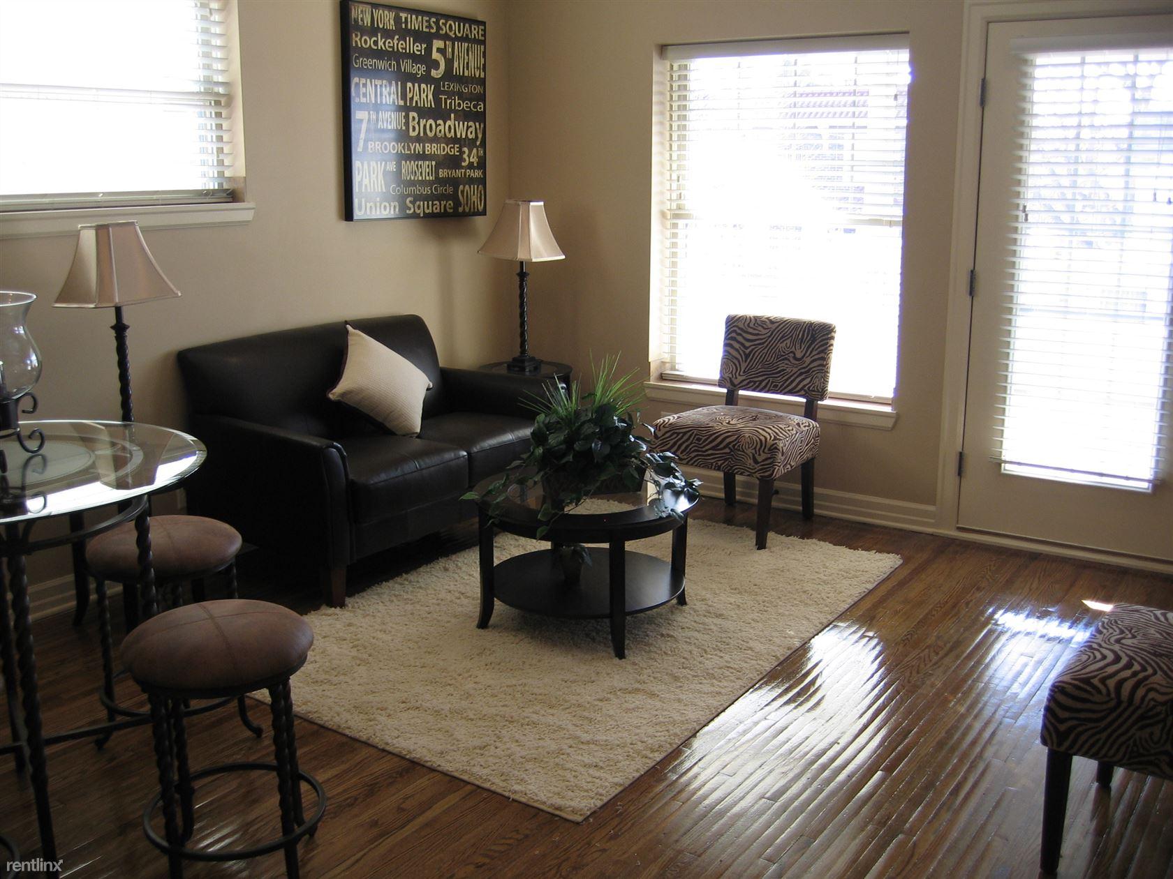 img_0391 609 living room