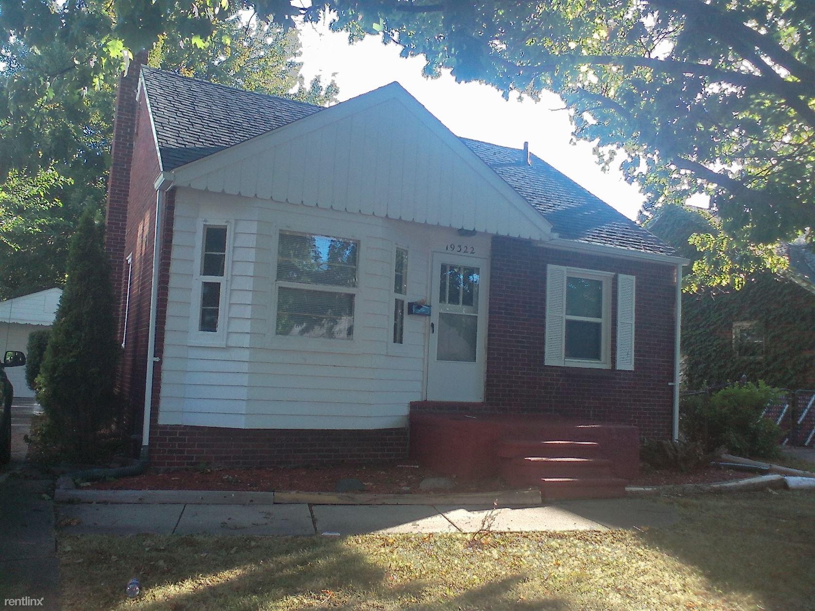 19322 Elkhart Sharp 2 Bedroom Brick Rnch, Harper Woods, MI 48225