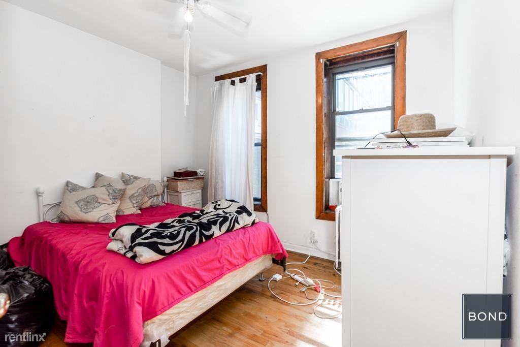 1764 1st Ave 3br4
