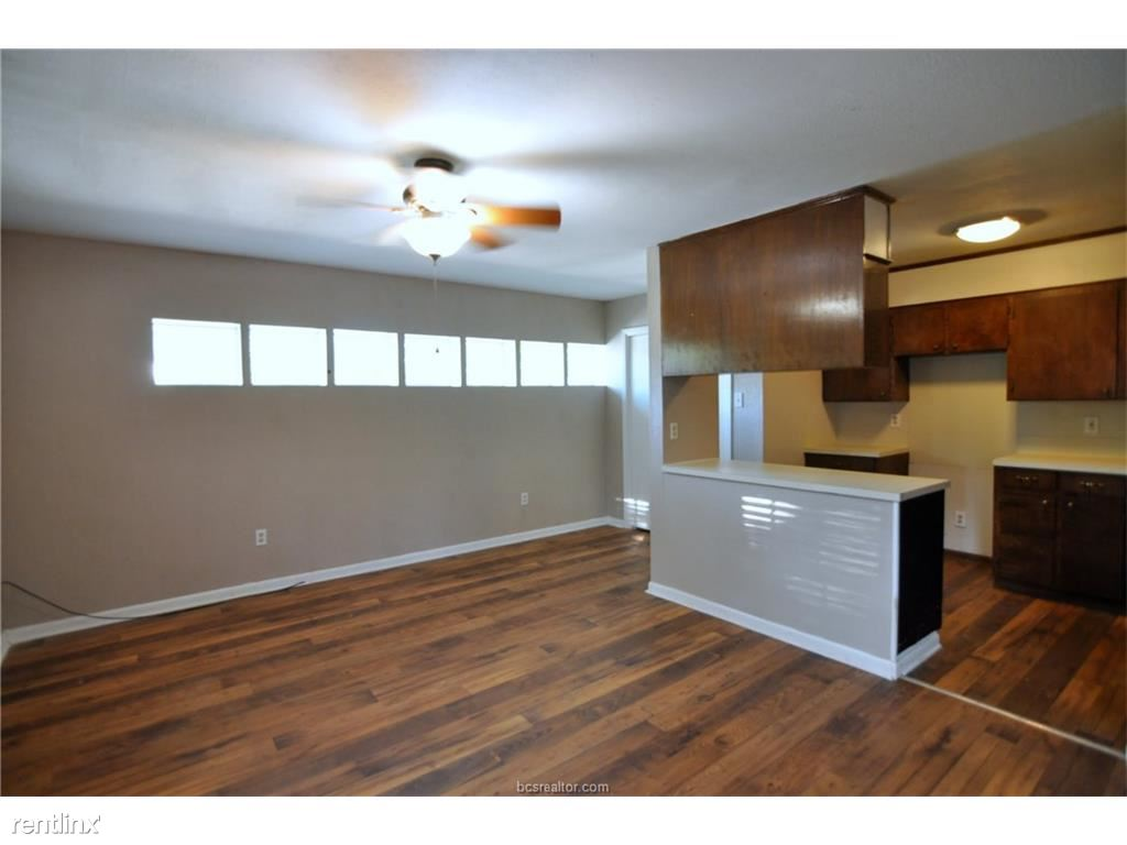 Garage is converted into a 4th bedroom with a separate entrance and its own kitchen.