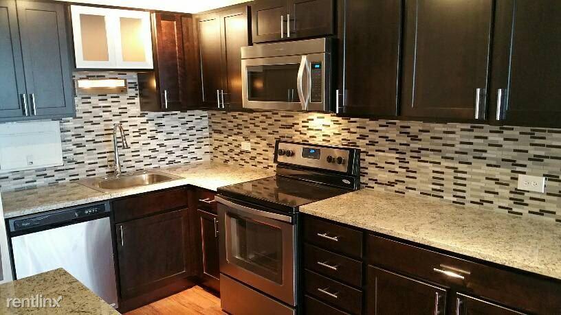 860 Dewitt Kitchen