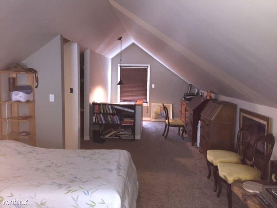 j Upstairs Room