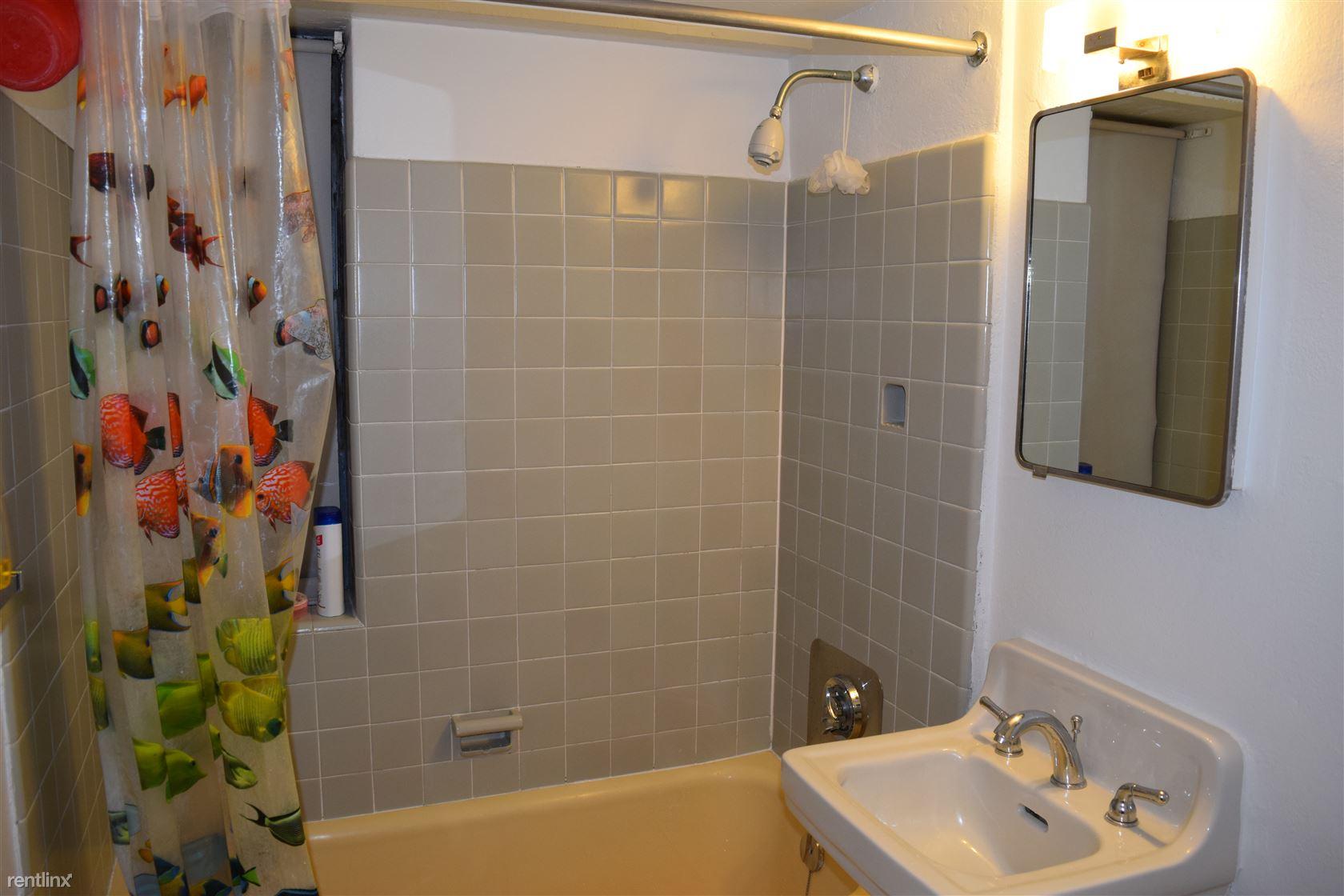 Spacious Bathroom with a huge closet