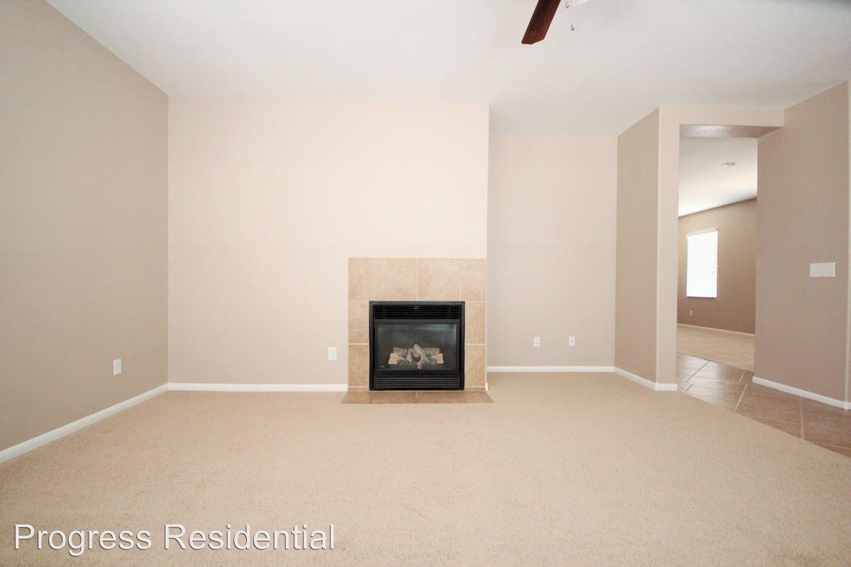 02-Living Room