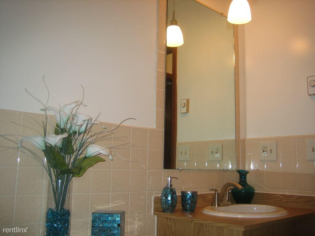 (Not Shown) Linen Closet is in Bathroom............IMG_4432[1]