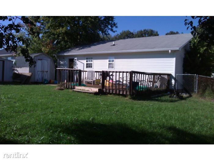 126 Gail Deck backyard