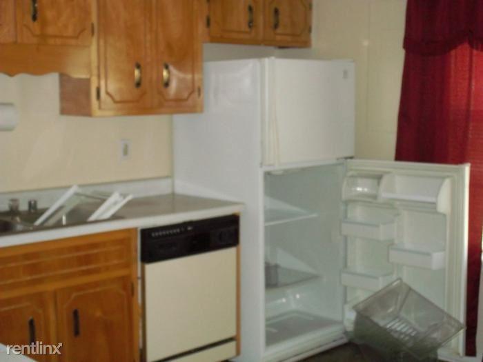 101 Meadow kitchen