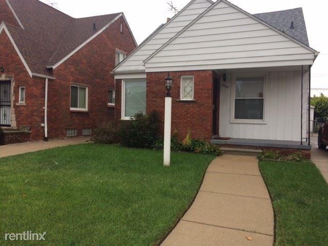 8060 House St