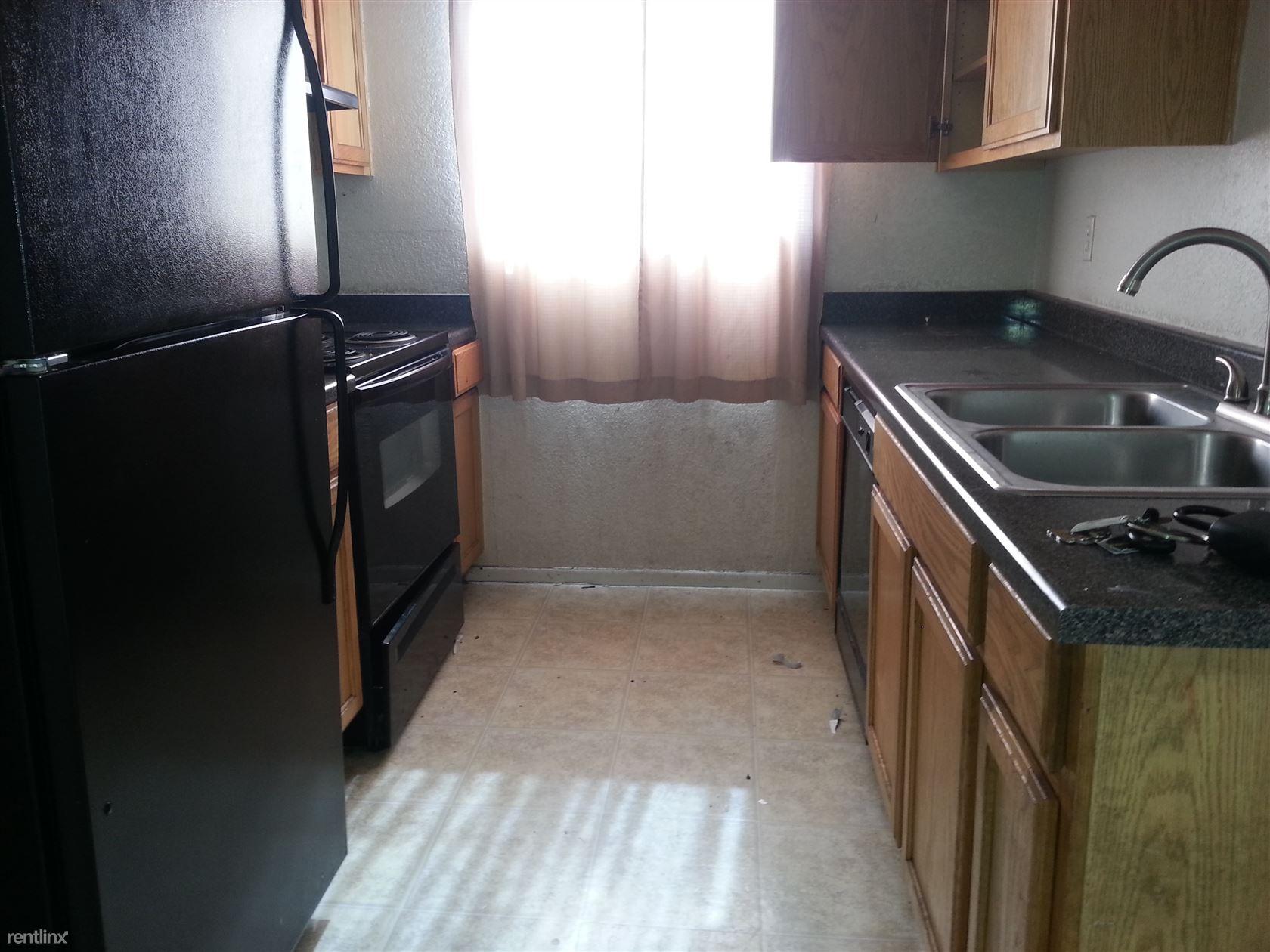 2675 W Ocotillo Rd