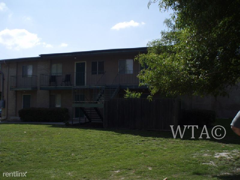 215 W Broadview Dr for rent