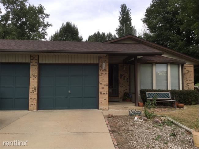 Very comfortable furnished single family home for rent with a great layout in Longmont.