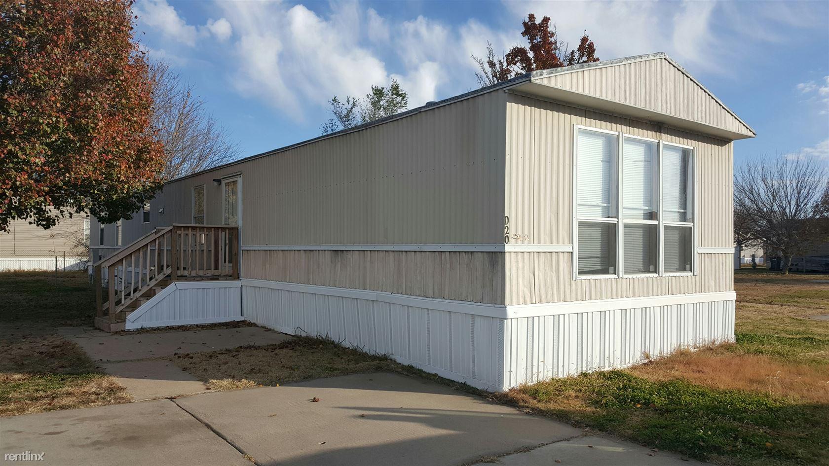 2201 E Macarthur Rd Lot D20, Wichita, KS 67216