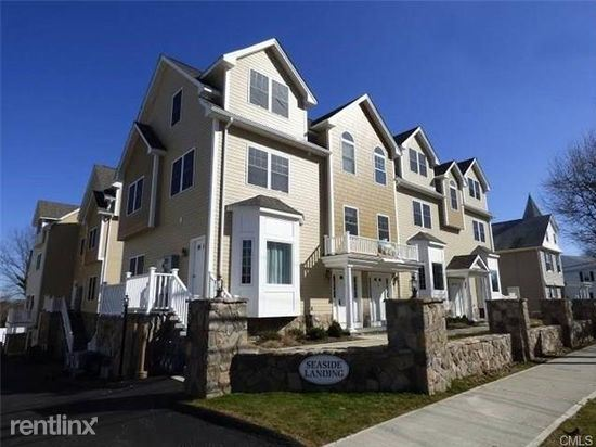Condo for Rent in Stamford