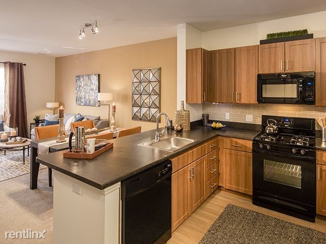 Beautiful 2 Bedroom Luxury Apartment in Elevator Building - Ossining
