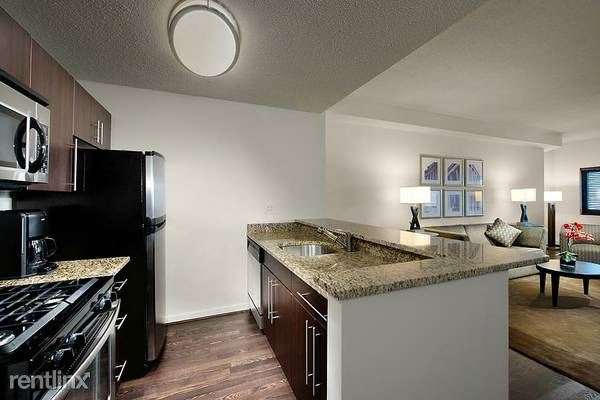 Immaculate Pet-Friendly 1 BR 1.5 Bath With Parking In White Plains