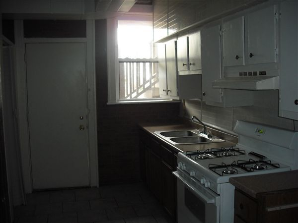 2 bdrm kitchen