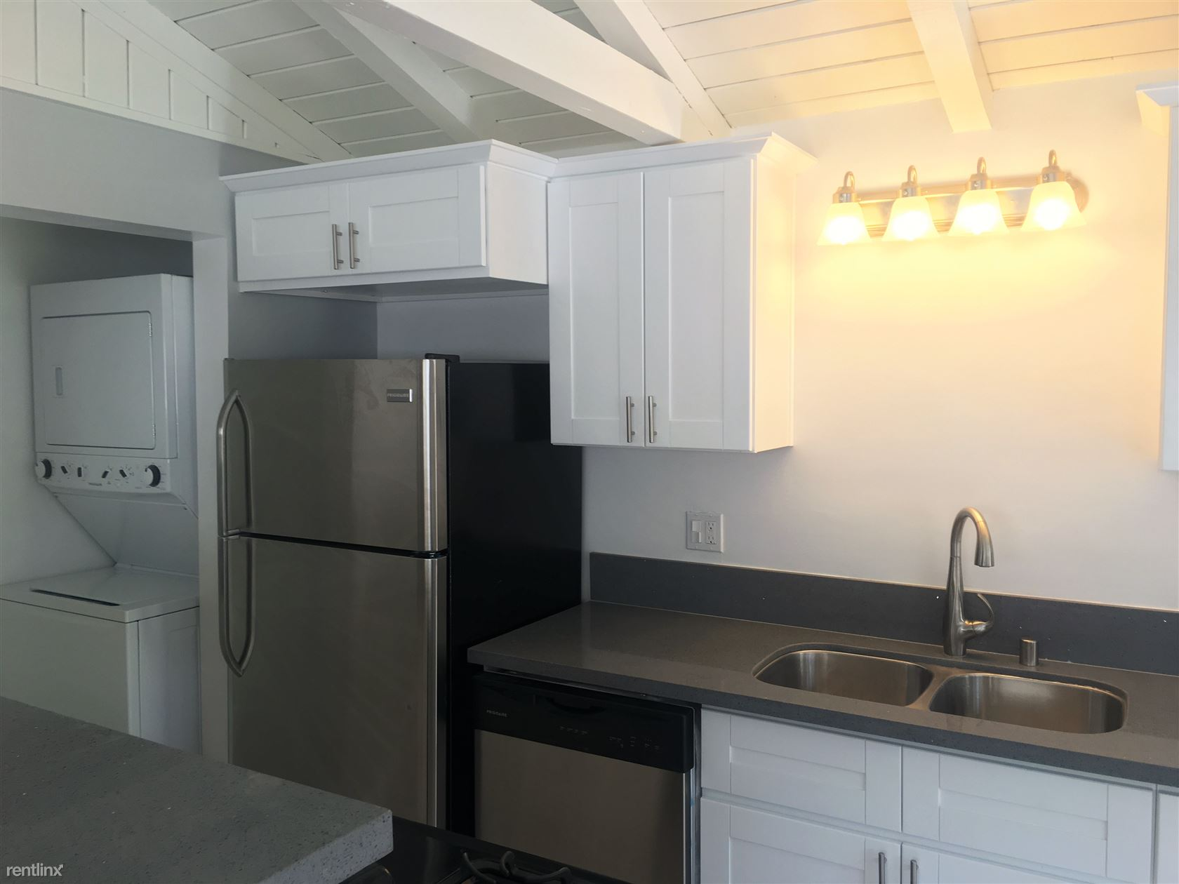 $1700 - $1850 per month , 4559 W 159th St, The Bungalow Apartments