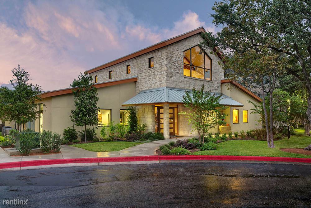 $1278 per month , 10050 Great Hills Trl # 9480,