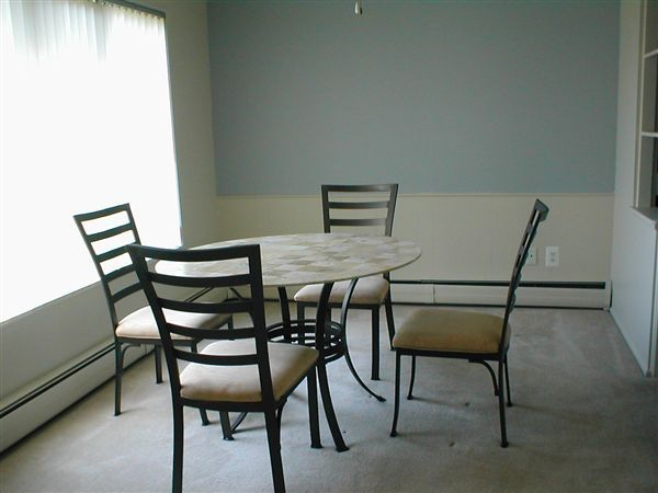 dining room H-3-1