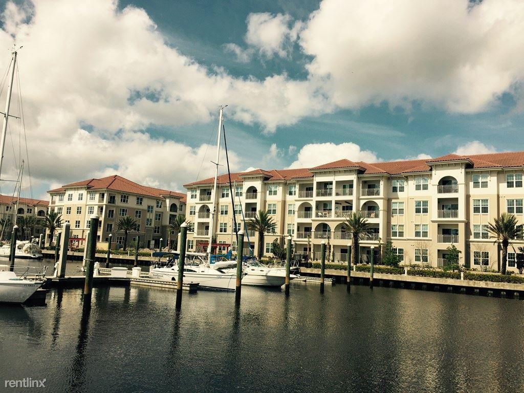 The Views at Harbortown