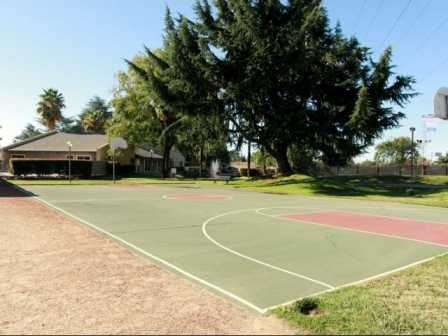 Rivercrest Tennis Court