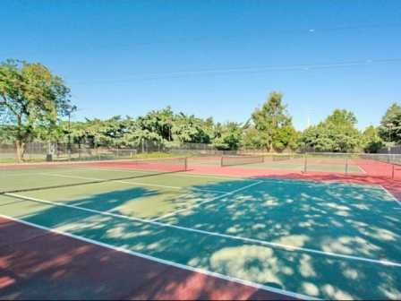 Rivercrest Tennis Courts