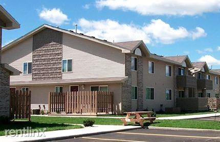 Ross Lake Village Apartments