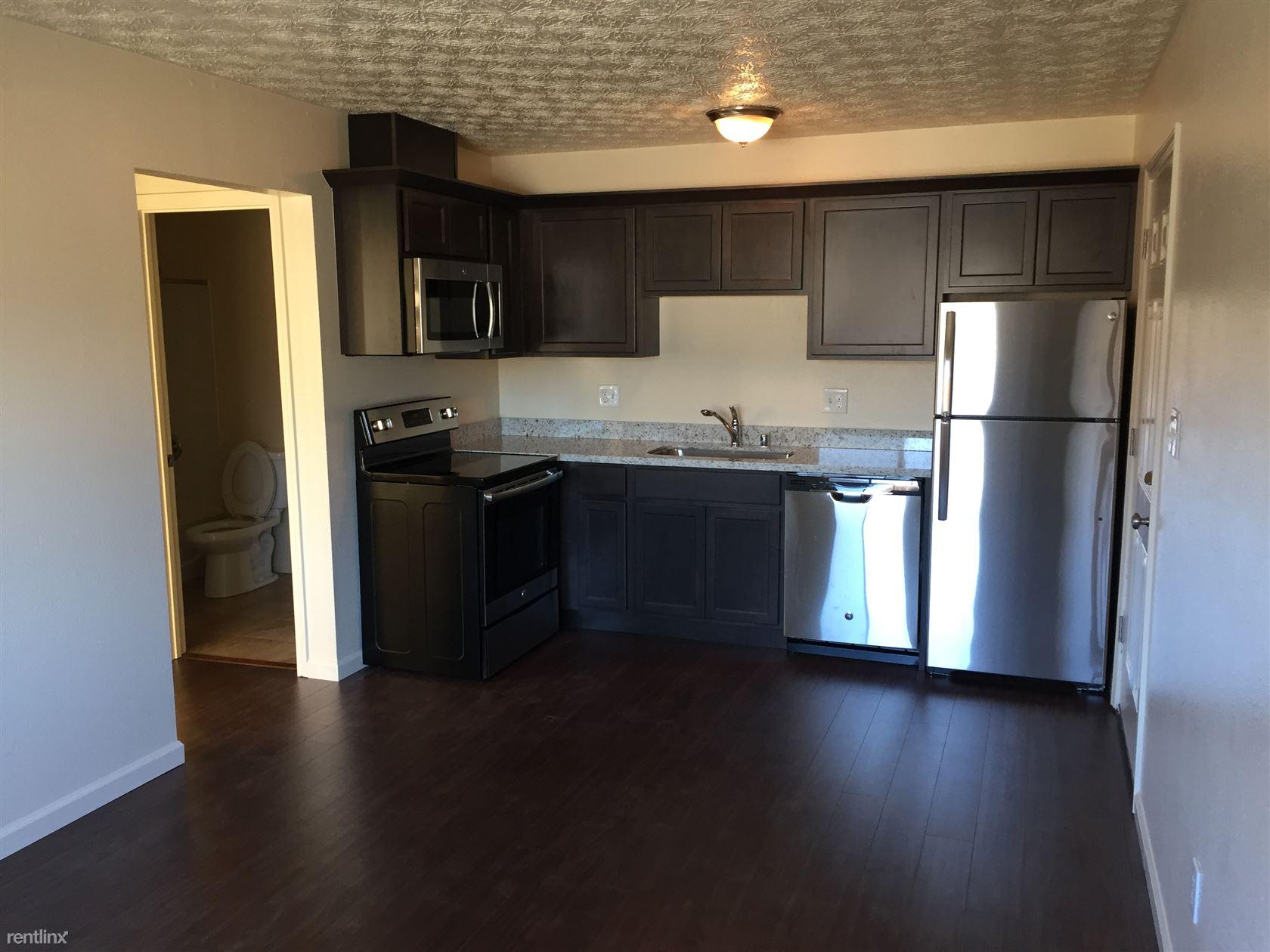 $875 - $1150 per month , 8301 E 3rd Ave,