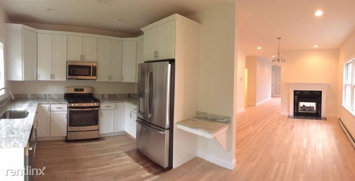 Brand New Construction / 3 Bedroom 2.5 Baths, 9 Ceilings / Close to Mamaroneck Harbour