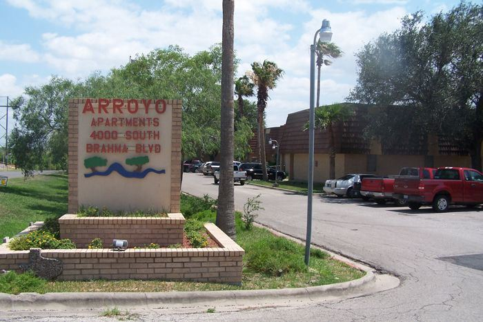 Arroyo Apartments
