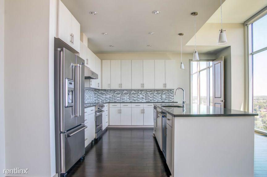 $3475 per month , 1515 Demonbrun Street Apt 93436-3,
