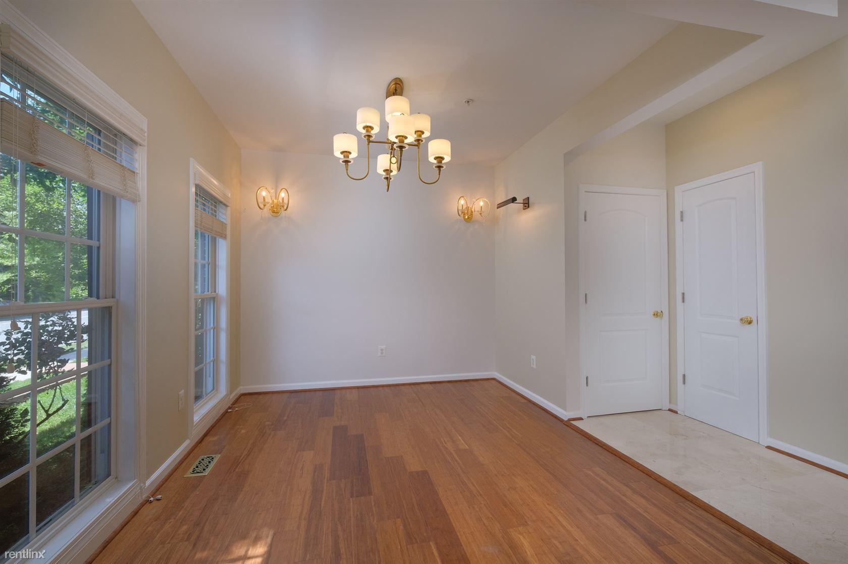 House for Rent in Clarksburg