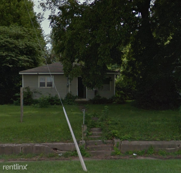 816 N National Ave
