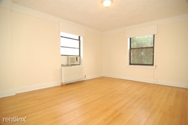 Renovated 3 Bedroom Apartment on 1st Floor - All Utilities Included / New Rochelle