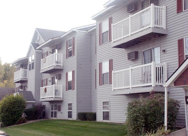 Brookmeadow Apartments
