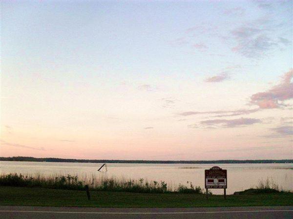 $325 - $550 per month , 8924 W Long Lake Rd, Lake Shore Estates