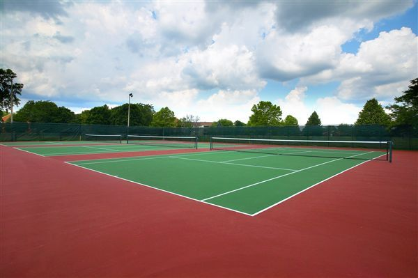 Tennis Courts at The Lake Shore Apts