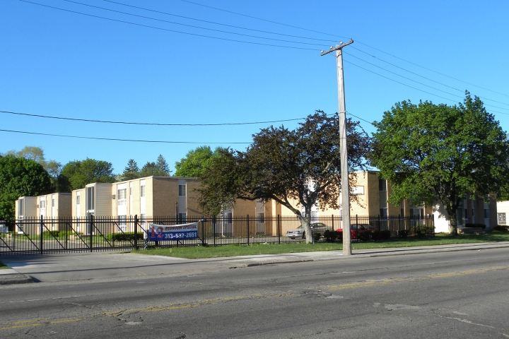 Chapel Court Apartments