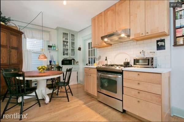 Renovated 3 Bedroom Apt on 3rd Fl of Private Home - Pets - H/HW - Laundry - Hastings on Hudson