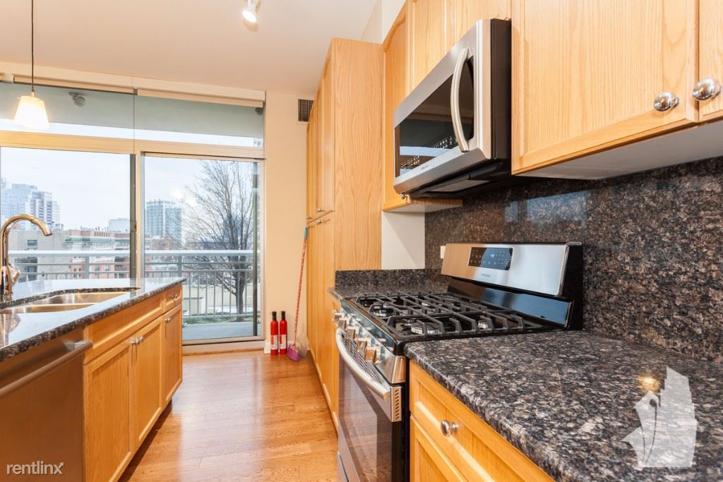 1400 S Michigan Ave Apt 804