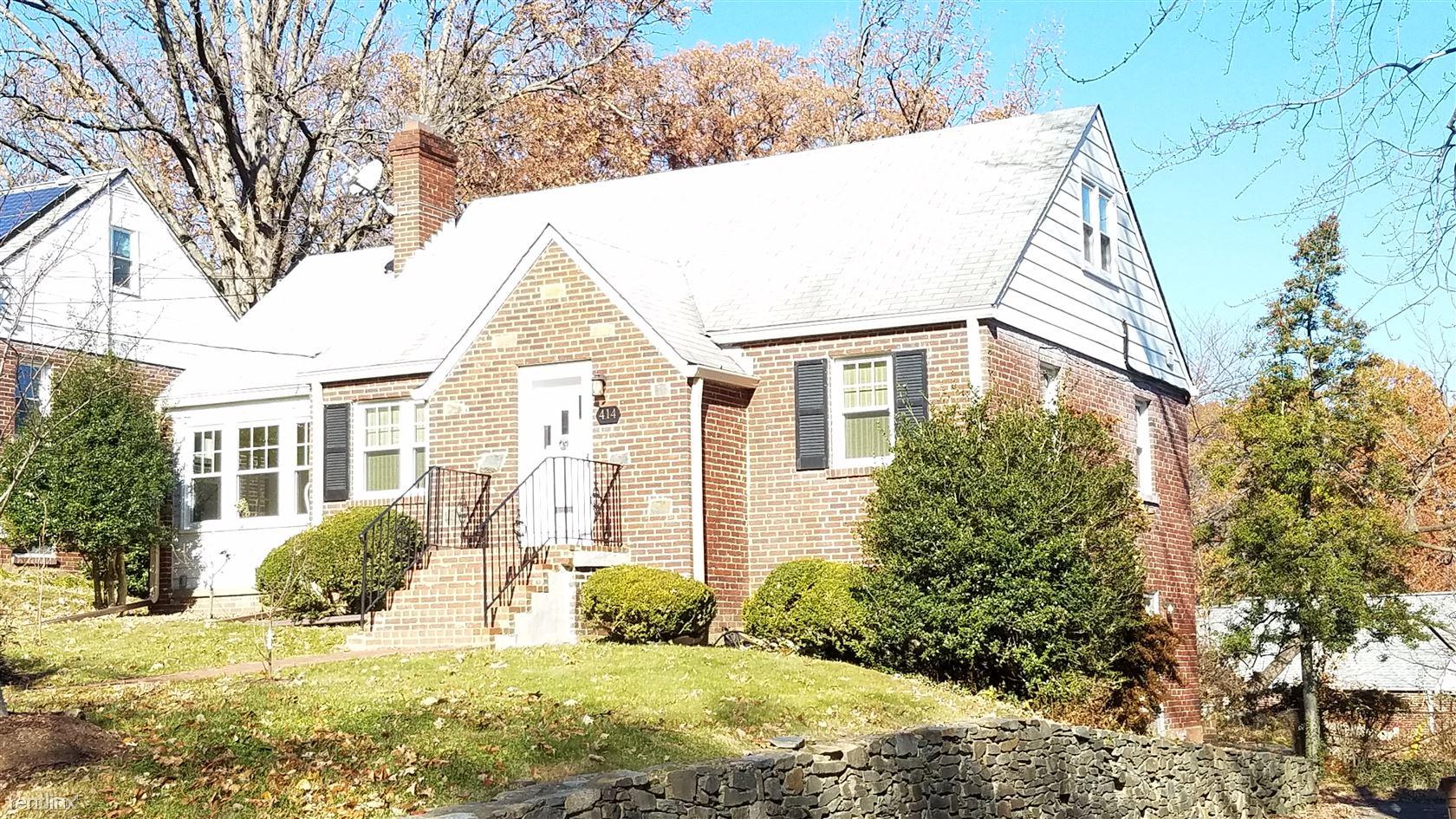 414 Boyd Ave