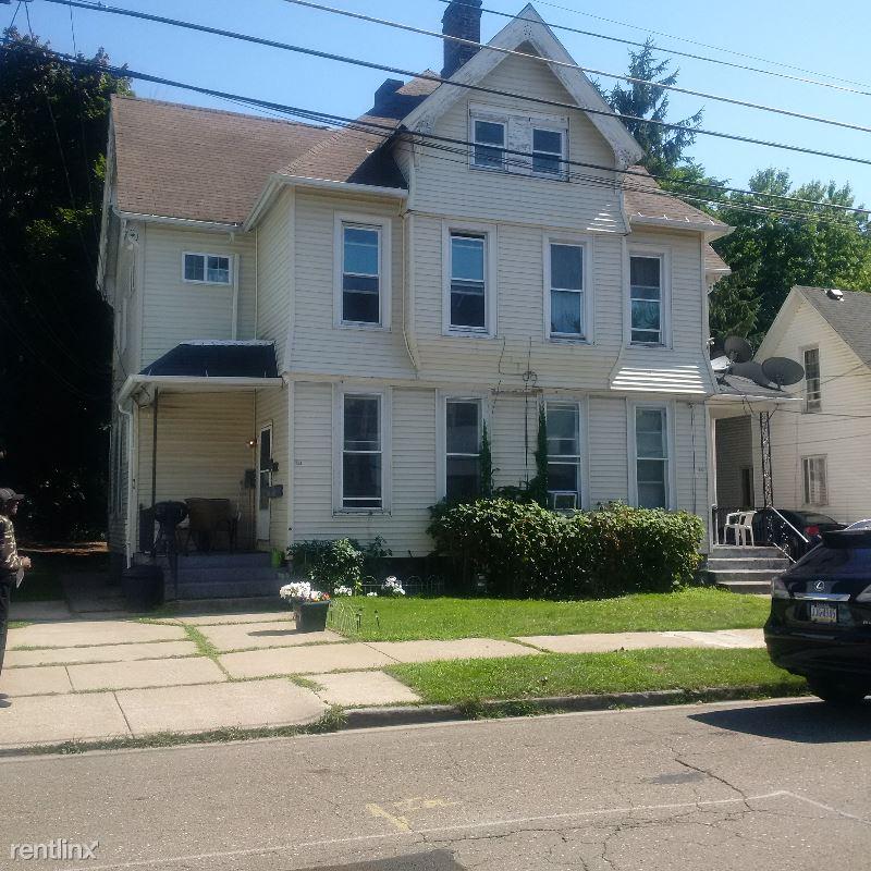 223 West 16th Street 1