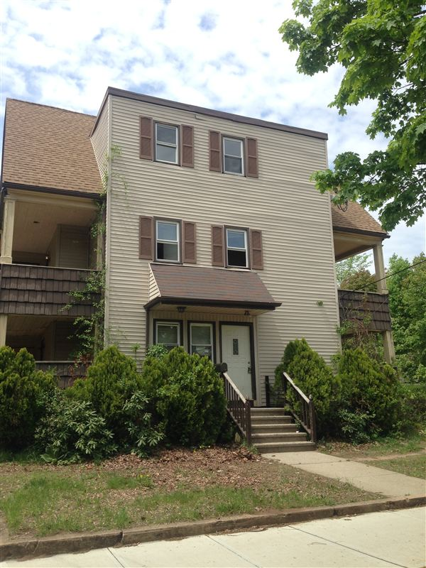 440 Dixwell Ave Apt 2A