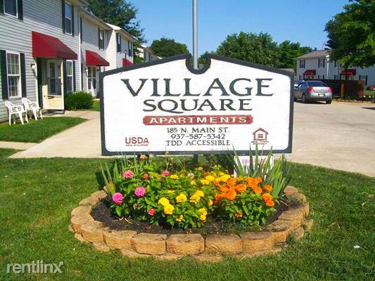 Adow Village Square