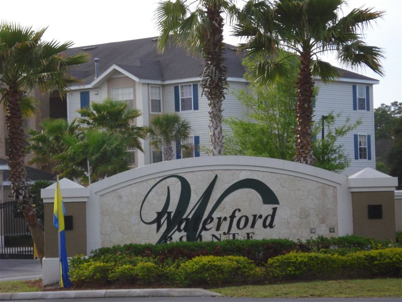 Waterford Pointe Apartments
