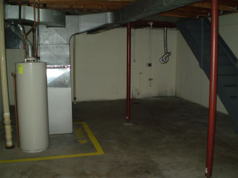 Private Basements with Laundry Hook-Up
