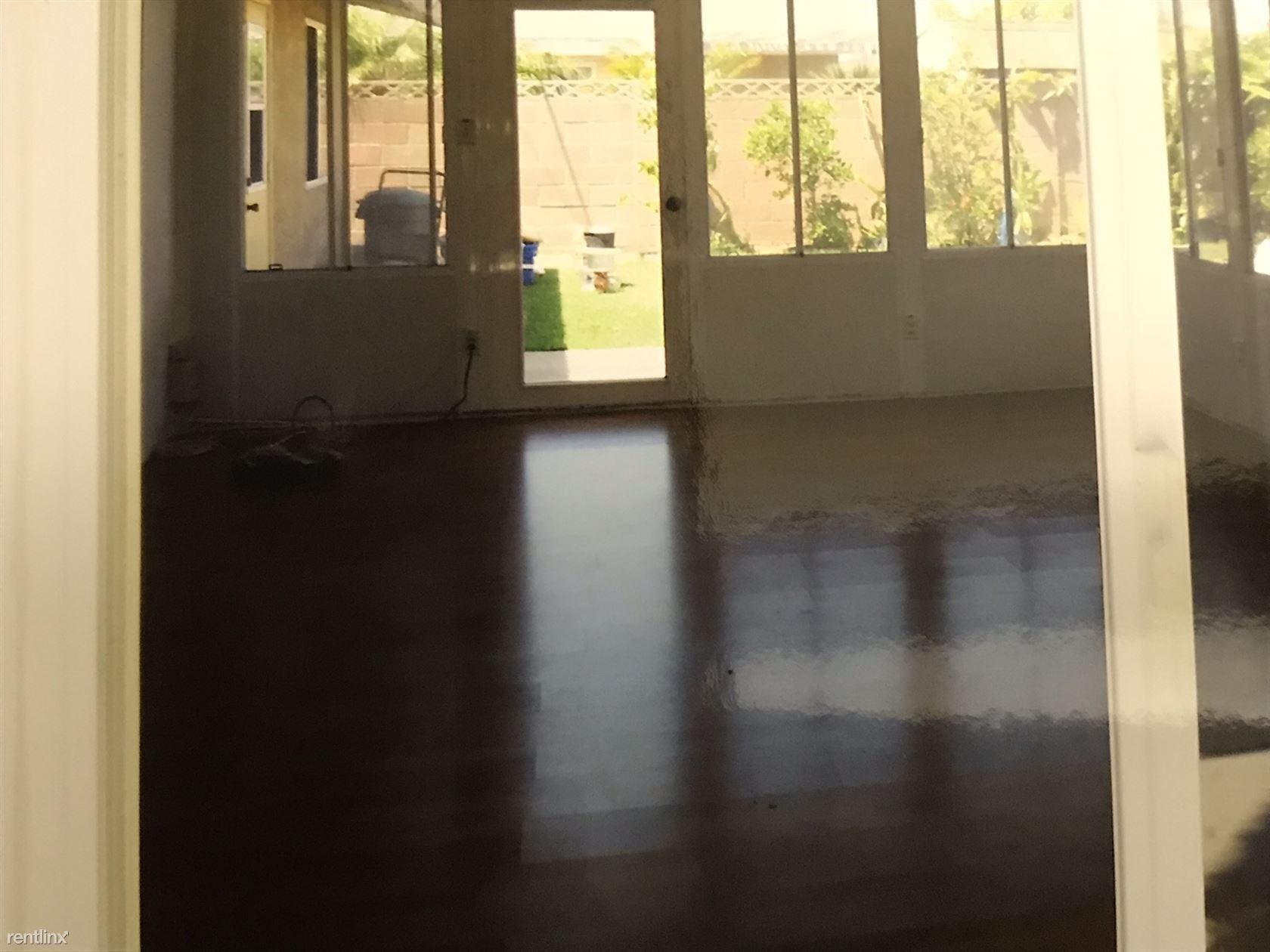 Huntington Beach Single family home